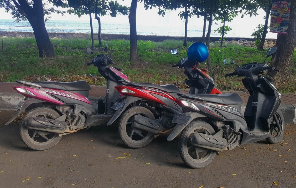 Alquilar moto en Nusa Penida. Motorcycle rent